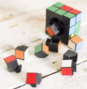670px-Put-a-Rubik's-Cube-Back-Together-Step-1